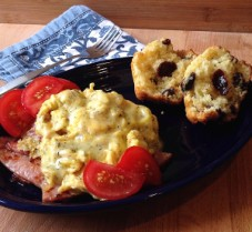 eggs and muffins brunch
